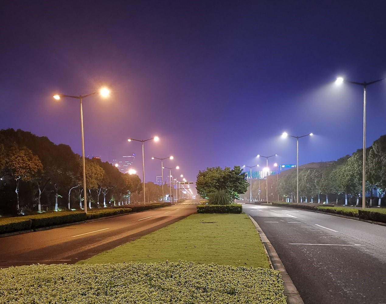 中国物联网与绿色智慧城市发展论坛召开 欧普照明点亮智慧道路之光